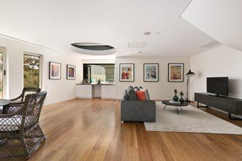 livingroom-hardwood_sm
